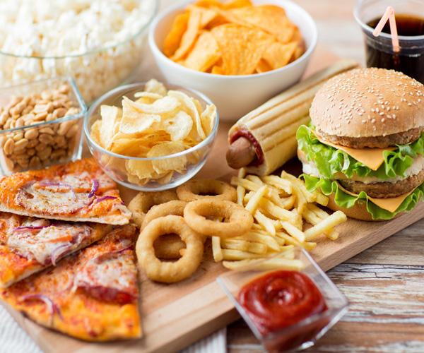 Пет храни, които е необходимо да избягвате да консумирате преди лягане